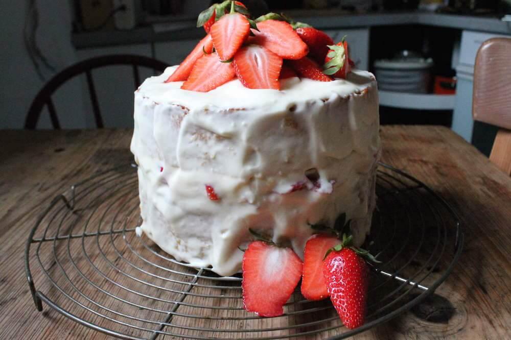 auftuchfuehlung_erdbeer-zitronen-torte-3